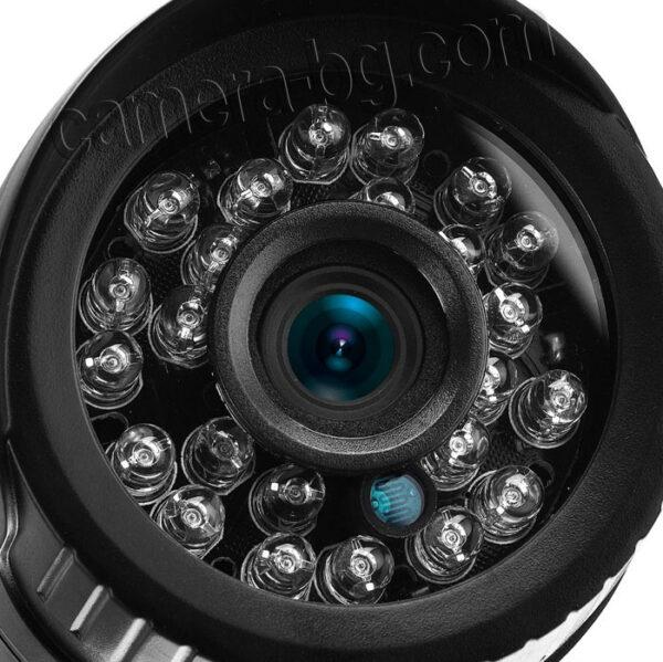 Черна IP камера с високо качество на картината, наситени цветове и голяма IR нощтна дистанция, с IR CUT филтър, с IR диоди